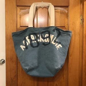 Abercrombie & Fitch Large Canvas Tote